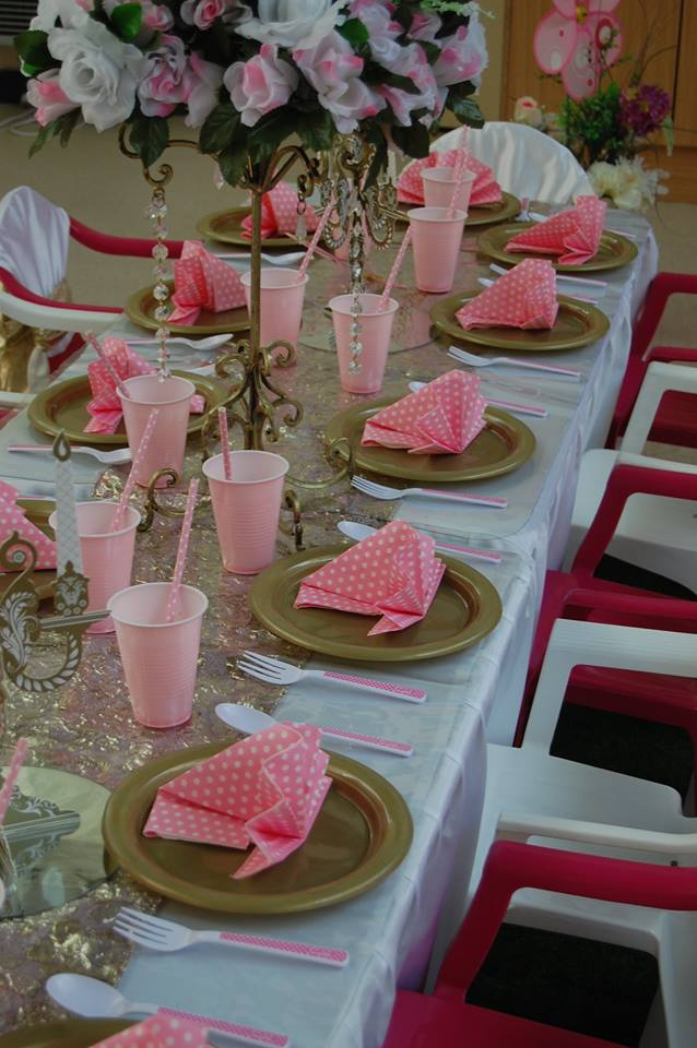 Princess Table Setting - Wish Upon a Party