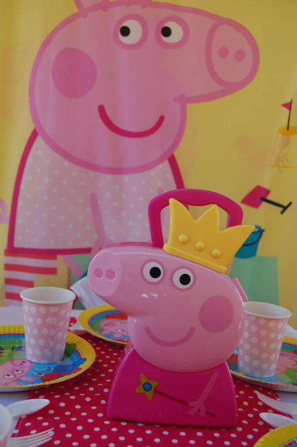 Peppa Pig Table Setting Wish Upon A Party